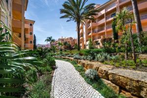A garden outside Estrela da Luz Resort