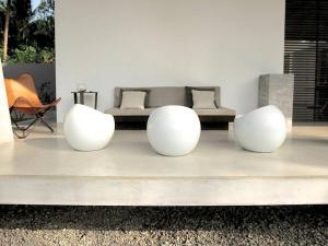 A seating area at Pittaniya Villa