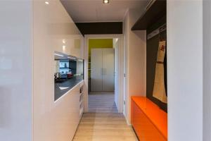 A kitchen or kitchenette at Apartment Melozzo