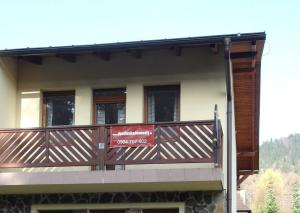 Budova, v ktorej sa apartmán nachádza