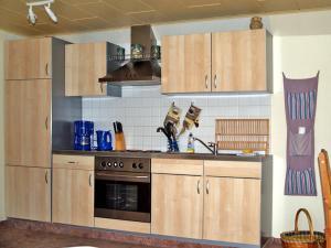 Küche/Küchenzeile in der Unterkunft Ferienwohnung mit großem Balkon in Bömitz
