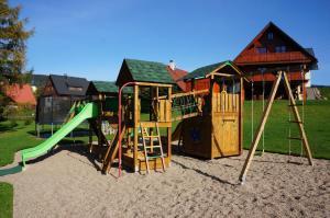 Herní místnost nebo prostor pro děti v ubytování Roubenka Deštné