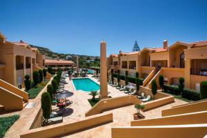 Vista de la piscina de Baia da Luz Resort o alrededores