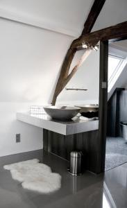 Een badkamer bij Paradise suite