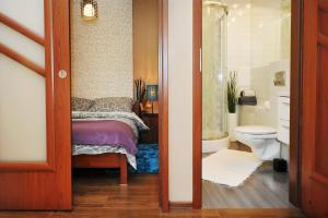 A bathroom at Apartament Numer 5