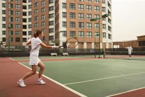 Tiện nghi tennis/bóng quần (squash) tại Somerset Grand Hanoi