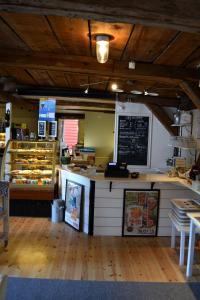 En restaurang eller annat matställe på Mallboden Café & Vandrarhem