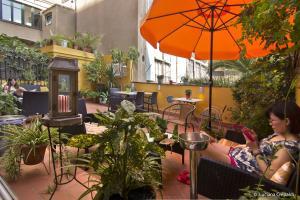 Restaurant o un lloc per menjar a Casa Consell Apartments