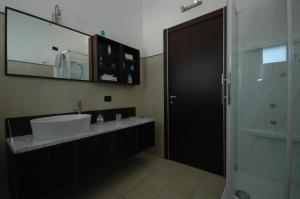 A bathroom at Il Terrazzo