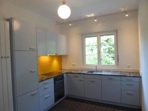A kitchen or kitchenette at Maison Mosgenstein