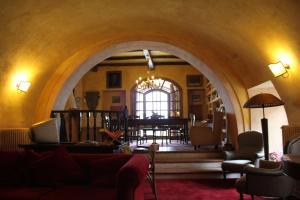A seating area at Il Rifugio