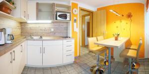 Küche/Küchenzeile in der Unterkunft Haus Hilgarth