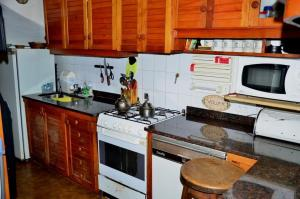 Una cocina o kitchenette en Casa Brown