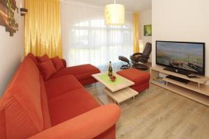 Ein Sitzbereich in der Unterkunft Landhof Usedom App. 204