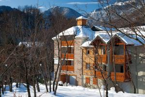 Lagrange Vacances Les Chalets d'Ax during the winter