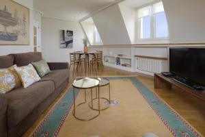 Area soggiorno di Miramar Apartment by FeelFree Rentals