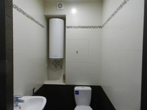 Ванная комната в Apartment on prospekt Mira