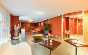 The lobby or reception area at IG City Apartments OrchideenPark