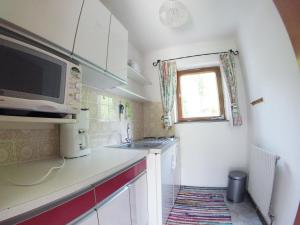 Küche/Küchenzeile in der Unterkunft Schoner Erika
