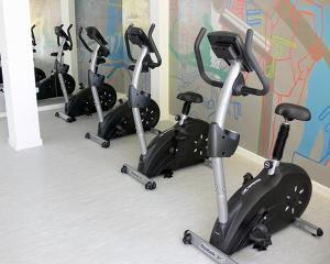 Het fitnesscentrum en/of fitnessfaciliteiten van Pajucara Flat