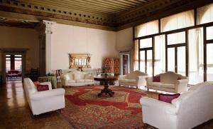 Coin salon dans l'établissement Palazzo Contarini Della Porta Di Ferro