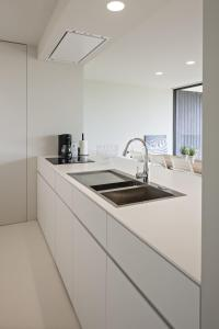 A kitchen or kitchenette at Villa Juliette