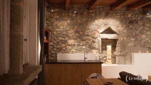 Ванная комната в La Parenthèse Apartments
