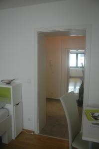 A kitchen or kitchenette at Köln Appartement