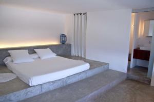 A room at thesuites Ibiza Na Xemena