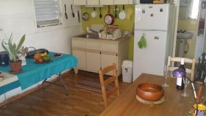 A kitchen or kitchenette at Daniel's Charming House