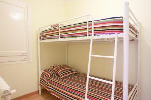 A bunk bed or bunk beds in a room at Piso Republica de Argentina