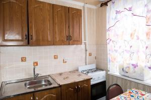 Кухня или мини-кухня в Richhouse on Gogolya 33-1