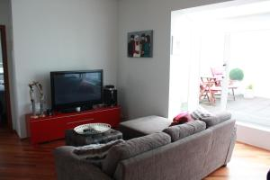A seating area at Vesturgata Apartment