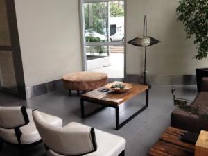 Zona de estar de Santiago Rental Suites