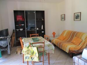 A seating area at Appartamento dei Sargassi