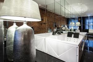 Verslo zona ir (arba) konferencijų salė apgyvendinimo įstaigoje Aparthotel Betmanowska Main Square Residence Adults Only