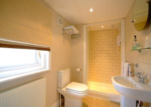 A bathroom at Pier View Self Catering Luxury Apartments