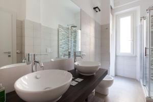 A bathroom at Casa Edvige Trastevere