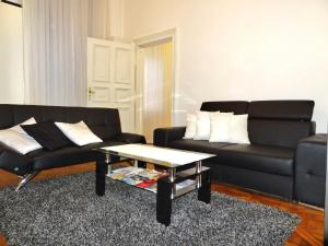 A seating area at Erzsebet Boulevard Apartment
