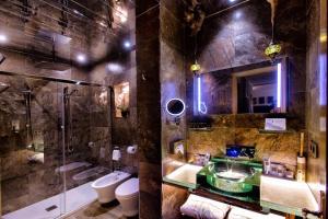 Un baño de Suite Rural Carenas