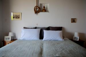 A bed or beds in a room at Villa Anna