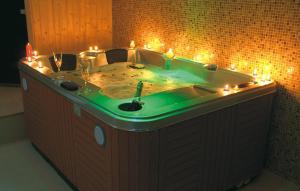 Spa and/or other wellness facilities at Vila Pina