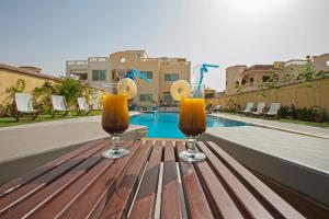 The swimming pool at or close to View Villa Apartments Hurghada