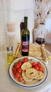 Možnosti oběda a/nebo večeře pro hosty v ubytování Domusfrumenti