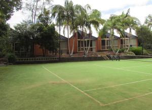 Tennis und/oder Squash in der Unterkunft Shelly Beach Resort oder in der Nähe