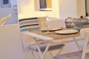 A restaurant or other place to eat at Apartamentos Estel