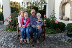 A family staying at Hof Otte-Wiese
