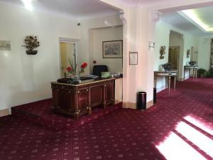 Lobby/Rezeption in der Unterkunft Residence V House