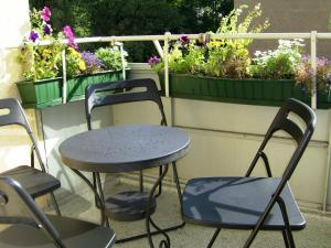 A balcony or terrace at Nikol Apartments