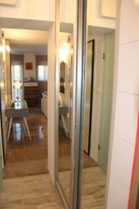 A bathroom at Studio 48